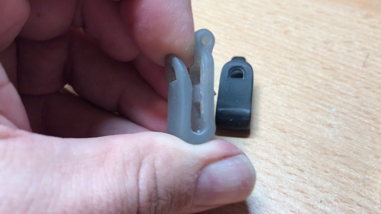 Quick compare of Peopoly standard resin (grey) with Photocentric (black)  firm resin