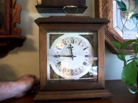 Battery Operated Bulova Westminster Chime Mantel Clock