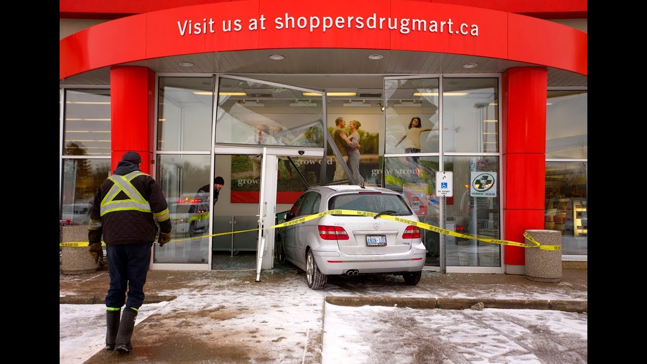 VIDEO: No one hurt as car crashes into Shoppers Drug Mart