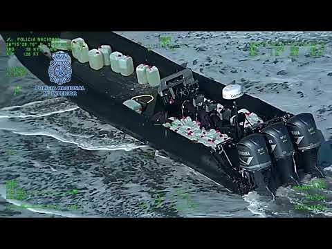Persecución a narcolancha en el Estrecho