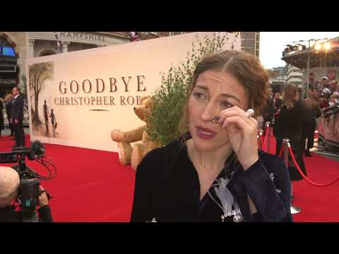 Goodbye Christopher Robin UK Premiere - Itw Kelly Macdonald (official video)