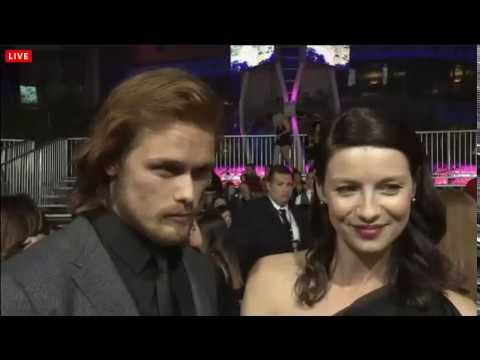 Caitriona Balfe and Sam Heughan - People's Choice Awards 2015 - Red Carpet  Interview