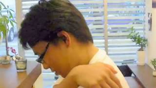 オフィスでこっそり③『30秒で背中のコリをとる』第3のトレーニング thumbnail