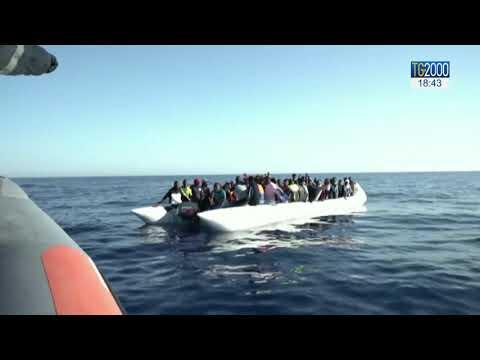 Migranti, continuano sbarchi sulle coste di Lampedusa.