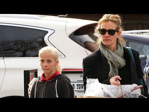 Julia Roberts And Daughter, Hazel, Go Shopping