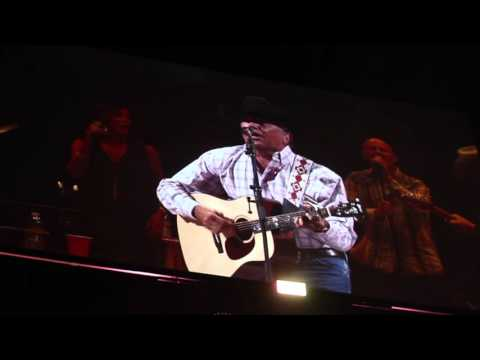 George Strait - Entrance & Here For a Good Time/2016/Las Vegas/T-Mobile Arena