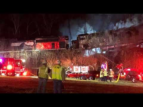 Freight Train Collision In Kentucky Sends 4 To Hospital