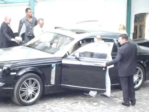 Russian Mafia In Kiev! On Phantom Rolls Royce.