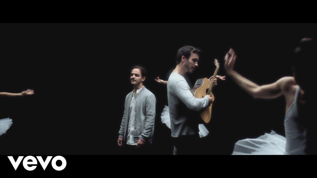 Boulevard des airs - Je me dis que toi aussi (Clip officiel) #1