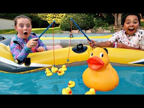 HOOK A DUCK POOL CHALLENGE!! NEW LOL Surprise Lil Baby Sisters