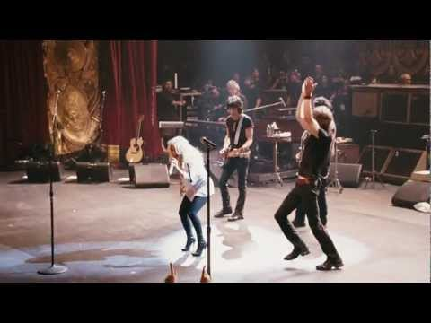 """The Rolling Stones and Christina Aguilera - """"Live with Me"""" (Live)"""