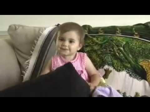 Ana Sings Mahna Mahna