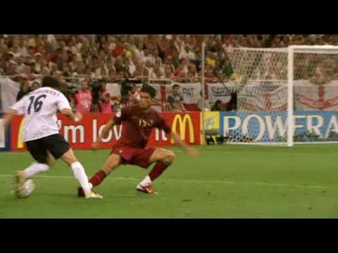 Hargreaves leaves Ronaldo behind