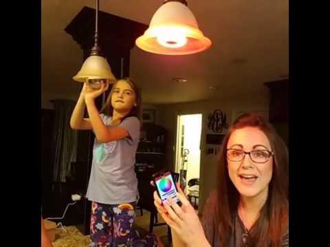 LED lightbulb with bluetooh speaker