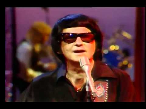 Roy Orbison on SCTV with Eugene Levy, 1981