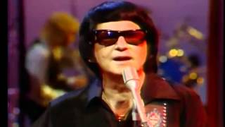 Roy Orbison on SCTV with Eugene Levy, 1981
