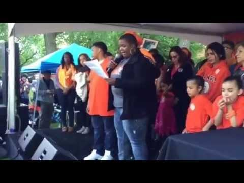 MAYOR EMANUEL SHOWS HIS HEART AT NATIONAL VIOLENCE AWARENESS DAY IN HYDE PARK