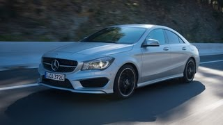 Mercedes Benz CLA250 Edition 1 2014 Videos