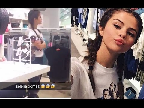 Selena Gomez shopping in the Grand Indonesia Mall - Jakarta #WelcomeToIndonesiaSelena