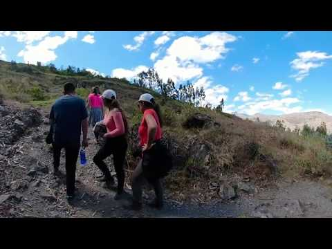 Trekking in Huacaschuque