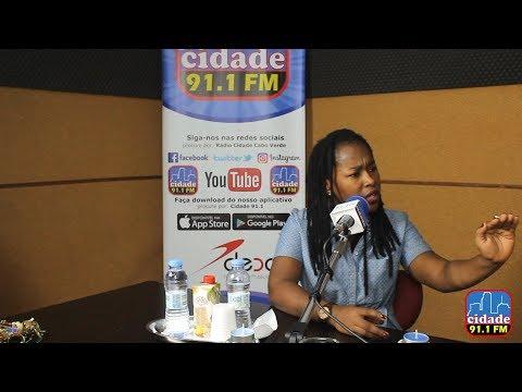 Elida Almeida Responde às Criticas - 28/11/2017 - Rádio Cidade Cabo Verde