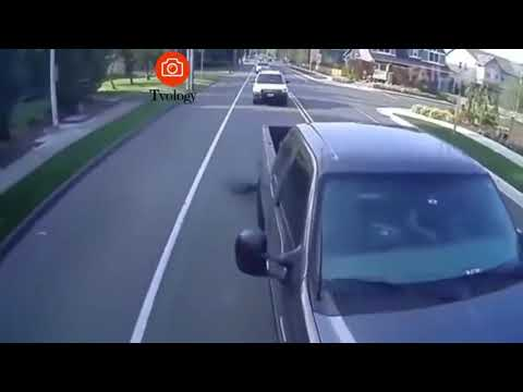 Idiots on Roads Episode 1 || Epic Fail Driving Compilation || Tvology