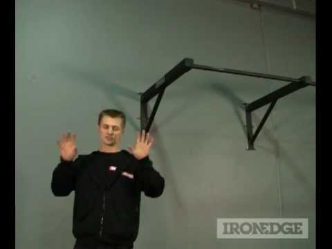Outdoor Wall-Mounted Chin-Up Bar