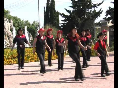 RED HIGH HEELS Line Dance (Red Wheel Line Dancers)