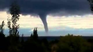 Торнадо на Иссык-Куле(Торнадо на Иссык-Куле., 2015-08-31T11:30:21.000Z)
