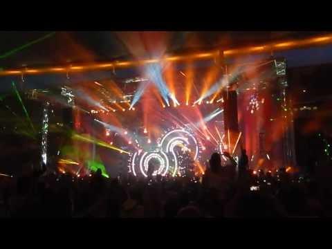 DAVID GUETTA @BIGCITYBEATS WORLD MUSIC DOME *EPIC FINAL* / playing MEMORIES, TITANIUM HD