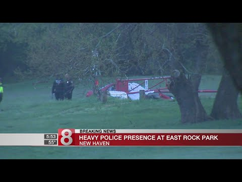 New Haven police investigate crash near East Rock Park