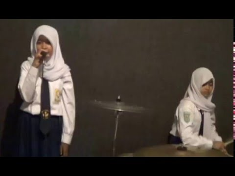 Mesum...? No. Jangan pergi-Mela Cs-Band Pelajar SMPN 3 Bayat Klaten Jateng