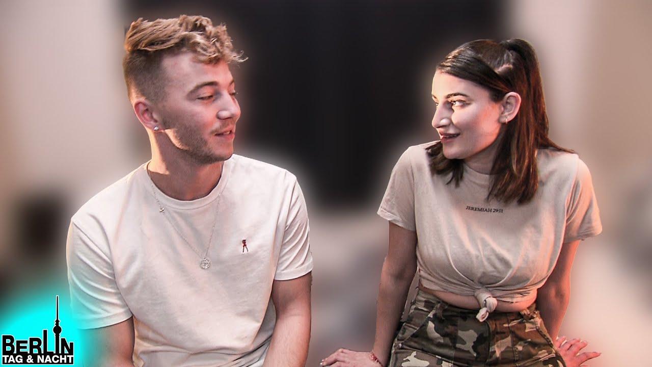 Connor und Liz testen ihre Beats im Bett 🤤🛏️💦   Berlin - Tag & Nacht #2464