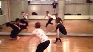 八王子にある、SHAKE DANCE STUDIOのJAZZ中級クラスレッスンです(^ ^)男...