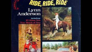 Watch Lynn Anderson Its Only Lonely Me video