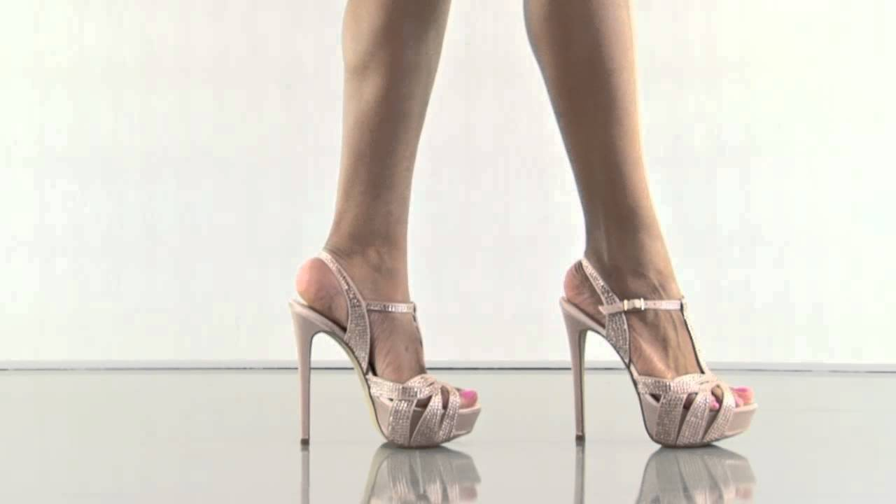 7b339caa9b6 Allly in Blush Multi Steve Madden - YouTube