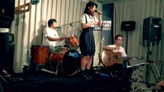 8/27に行われたHITOMI PLUGGEDから 安枝瞳ソロ楽曲「みかん」をUPします...