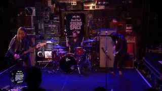 "Band Of Skulls ""Light Of The Morning""  (Live in the Red Bull Sound Space at KROQ)"