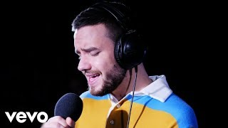 liam payne the middle zedd cover in the live lounge