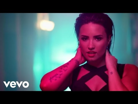 Demi Lovato - Cool for the Summer (VARA Remix) Thumbnail image