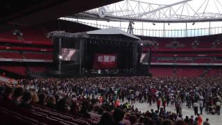 All Time Low - Lost In Stereo (Emirates Stadium 01/06/2013)