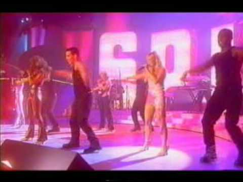 Spice Girls   Spice Up Your Life Live At The Brits Awards 2000