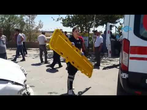 Adıyaman'da İki Otomobil Çarpıştı 2 Yaralı