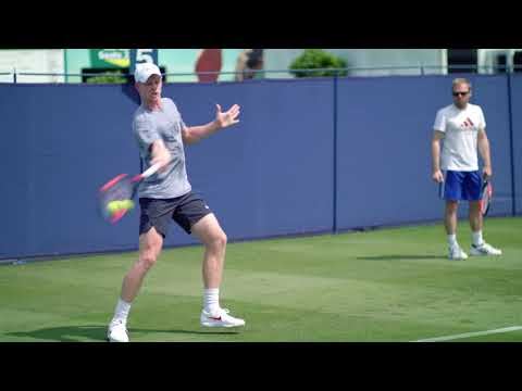 Andy Murray & Kyle Edmund train at the Nature Valley International