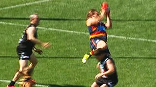 Modra takes a hanger in