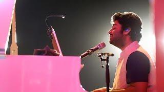 Download Hindi Video Songs - Arijit singh live HD | Aayat live | Bajirao Mastani