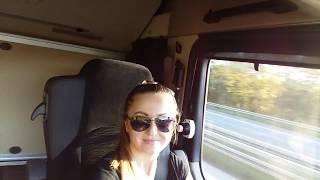 Українцям - українські пісні. Ukrainian trucking girl