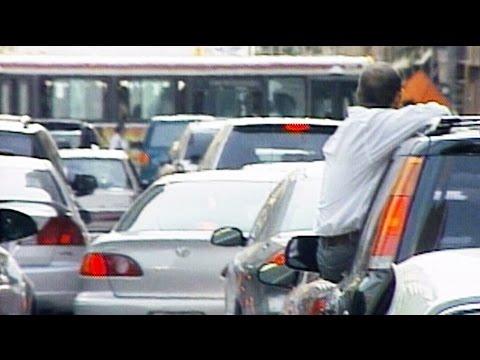 Aug. 14, 2003: Massive blackout sends Toronto into chaos