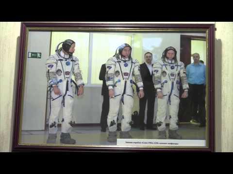 """Открытие фотовыставки """"Открой свой космос"""" по проекту редакции газеты"""