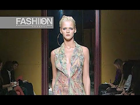 RIFAT OZBEK Fall 2000/2001 Milan - Fashion Channel